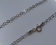 18 Inch/ 46 cm 2.5 mm Thick Sterling Silver Flat Trace Chain